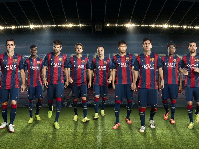 Команда футбольного клуба «Барселона».
